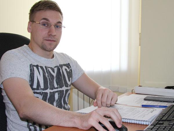 Тарасов Иван, менеджер отдела снабжения